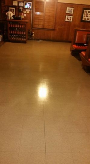 Floor Stripping in Lakewood, CA (2)