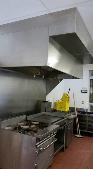 Restaurant Kitchen Deep Cleaning Services in Pico Rivera, CA (2)