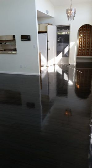 Before & After Floor Cleaning in Carson, CA (2)