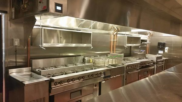 Restaurant Cleaning in Paramount, CA (1)