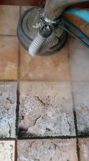 Tile and Grout Cleaning in Los Alamitos, CA (2)