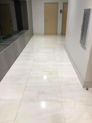 Marble Tile and Grout Cleaning in Lakewood, CA (2)