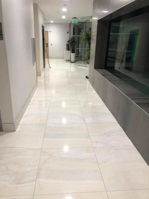 Marble Tile and Grout Cleaning in Lakewood, CA (1)
